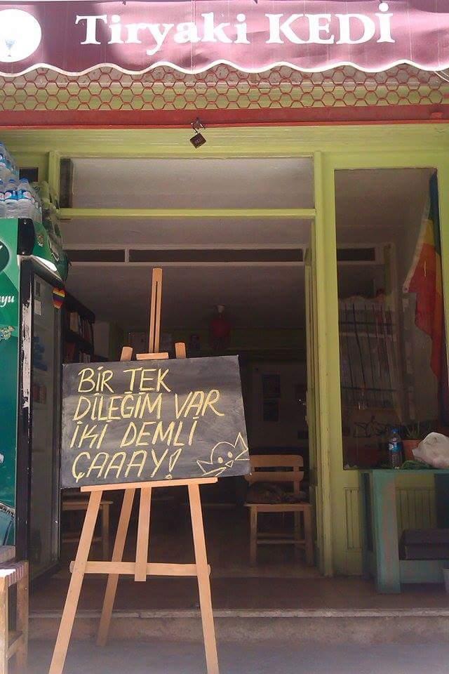 tiryaki-kedi-kafe-patiliyo-6